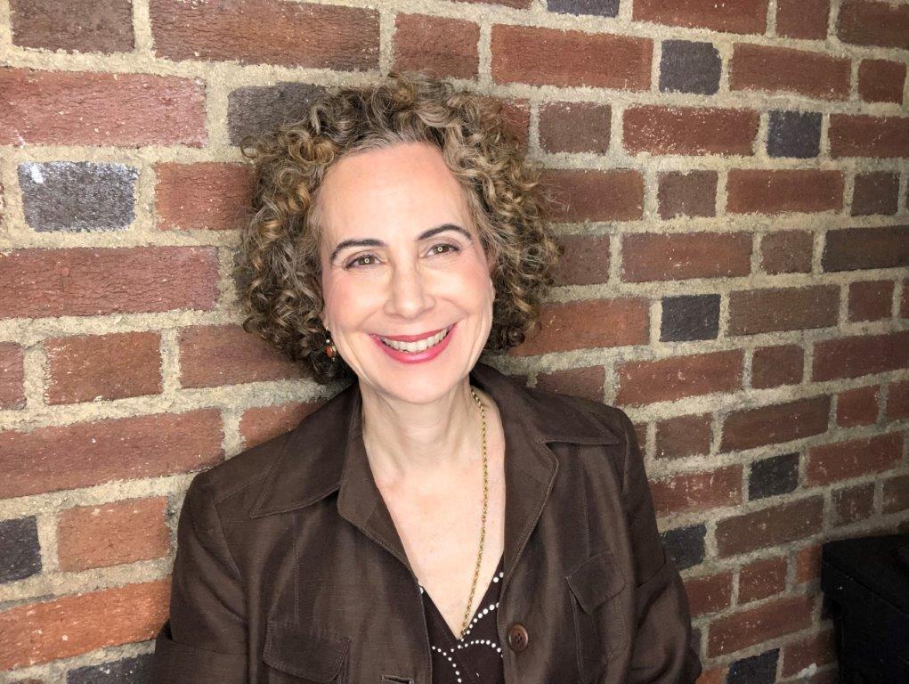 Dr. Claudia Luiz